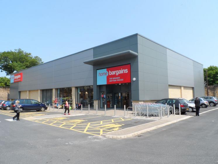 Home Bargains, Burnley